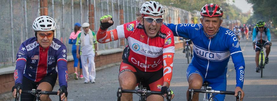 Los grandes del ciclismo siguen rodando en Belén.