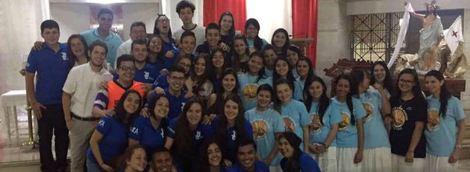 Haga parte de uno de los grupos juveniles católicos de Laureles