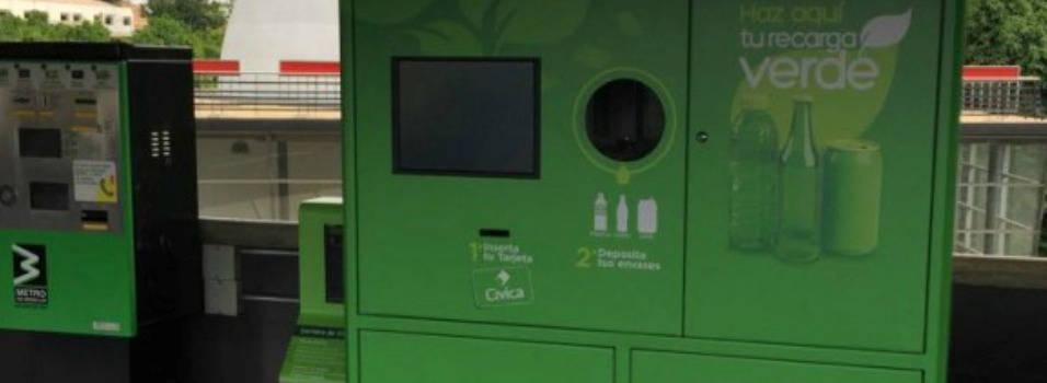 El viaje en el metro ya se puede pagar con botellas