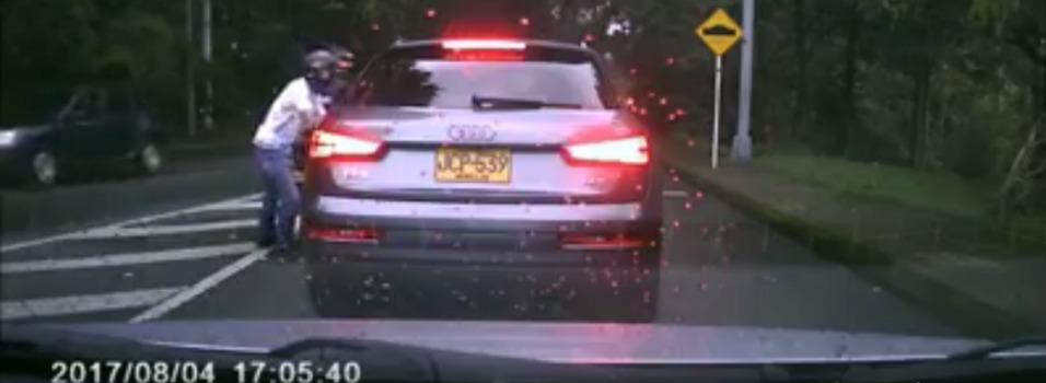 Nuevo caso de fleteo en El Poblado quedó registrado en video