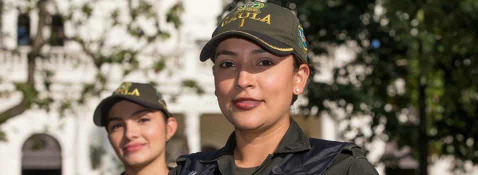 Las damas fuertes de la seguridad en Envigado