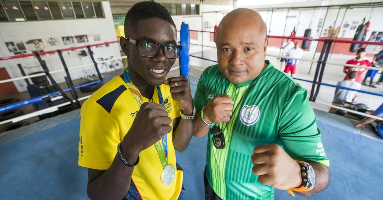El bicampeón mundial de boxeo que entrena en Belén