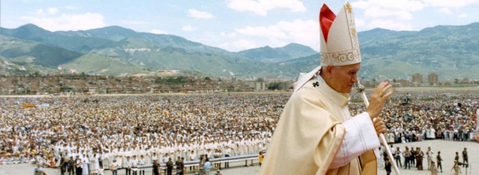 Así fue la visita del papa Juan Pablo II a Medellín