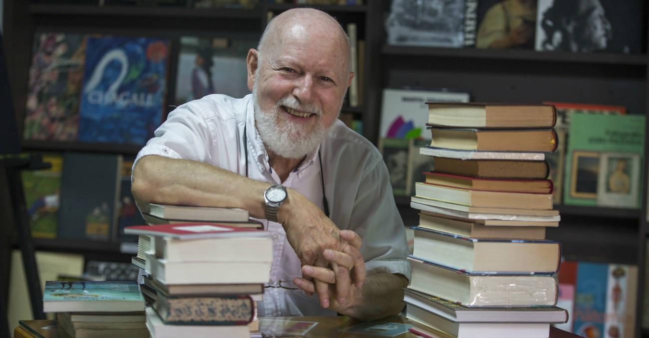 entrevista a luis alberto arango de la libreria palinuro de medellín