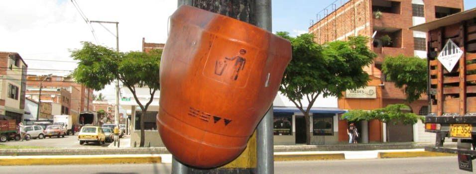 Faltan canecas de basura en Belén