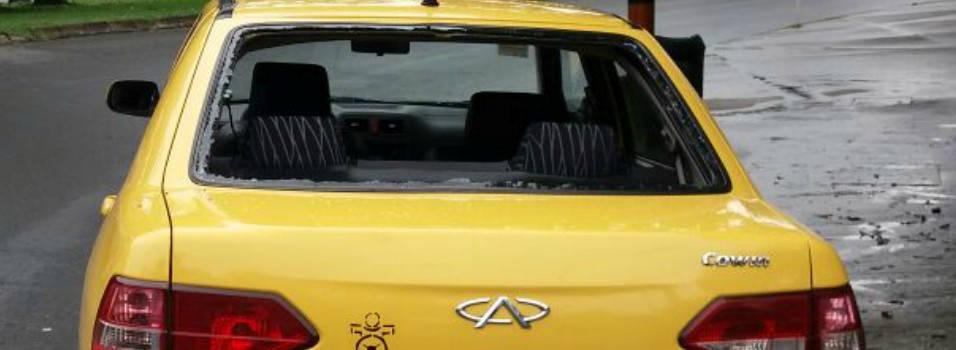 Taxista que no participaba del paro fue agredido