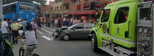 Aparatoso choque entre vehículos en Belén San Bernardo