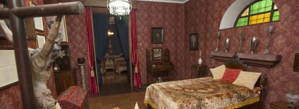Así es por dentro la casa de Débora Arango