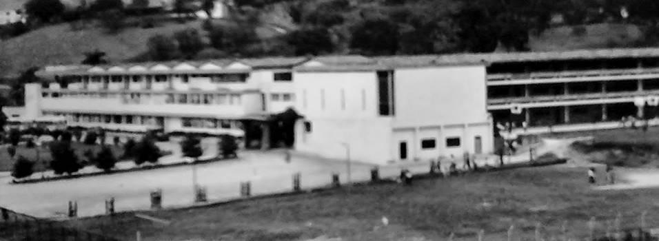 Instituto San Carlos celebra sus 80 años