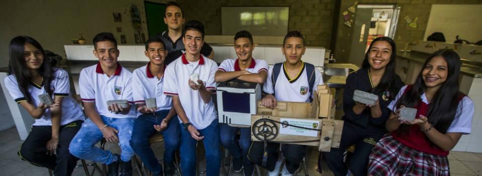 El ingenioso invento que creó un grupo de estudiantes envigadeños