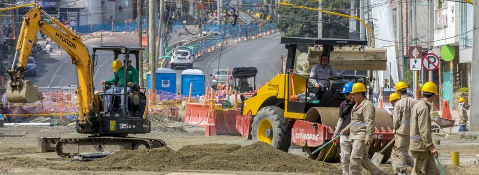 ¿A qué se deben los retrasos en las obras de metroplús en Envigado?
