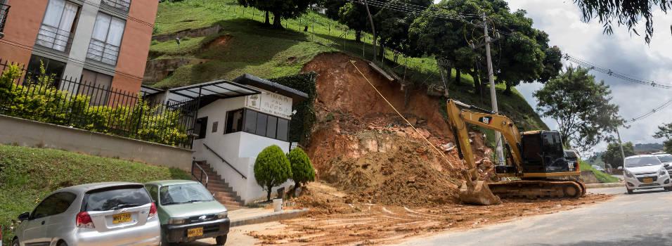 Emergencia por deslizamiento en Rodeo Alto