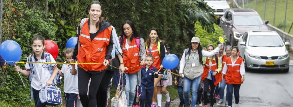 En el Montessori incentivan a ir al colegio caminado