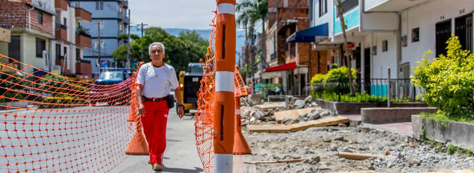 Así avanza la remodelación de los andenes de la calle 30A