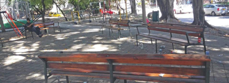 Denuncian deterioro de parque en La América