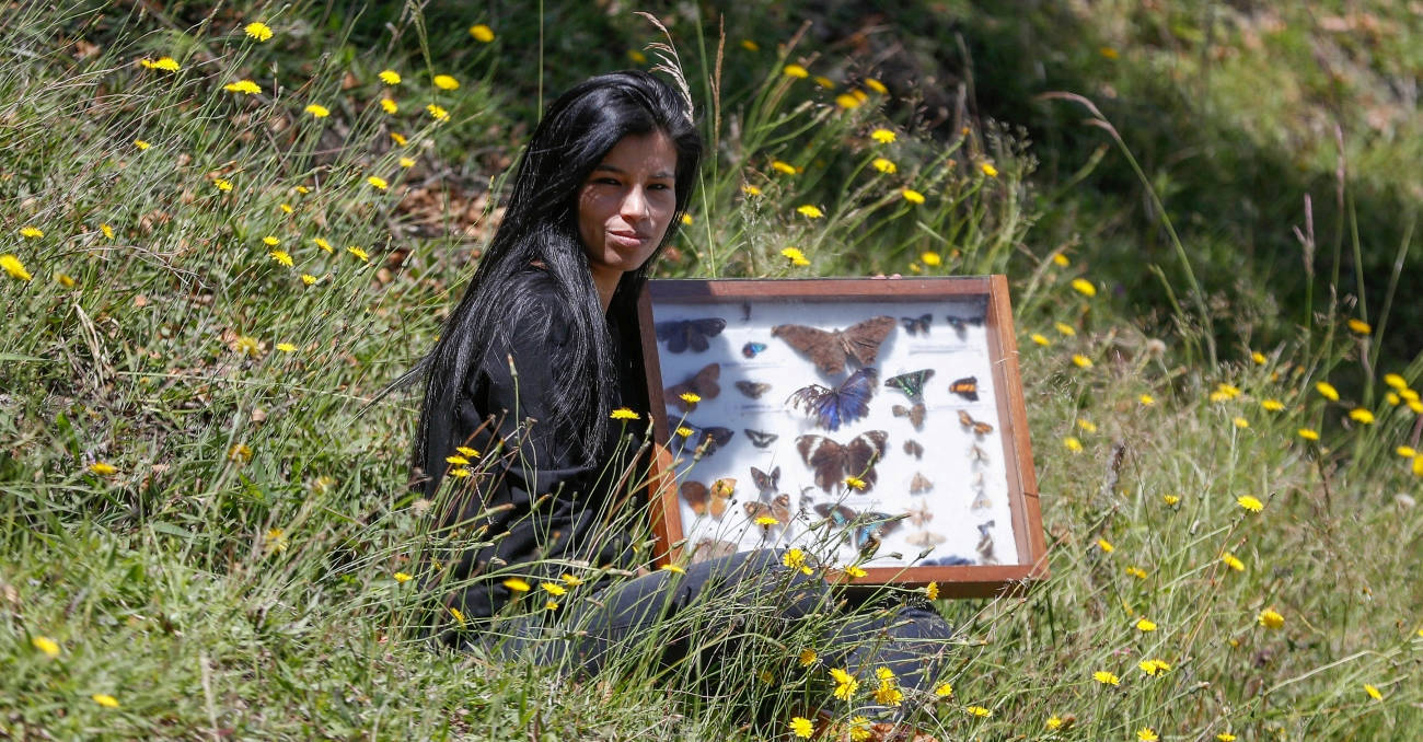Con las mariposas Juliana vuela por el mundo