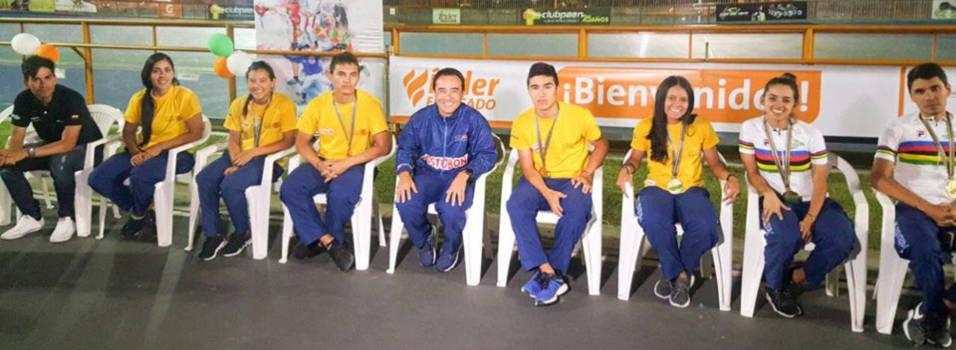Envigado recibió a sus campeones en el Mundial de Patinaje