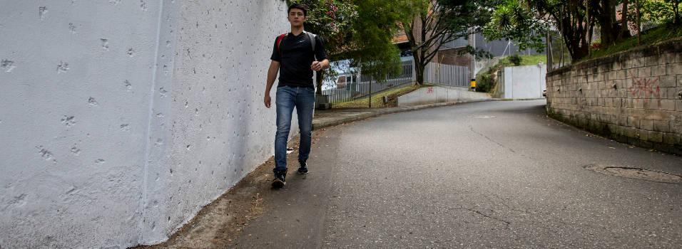 Vecinos de Castropol llevan años pidiendo un anden