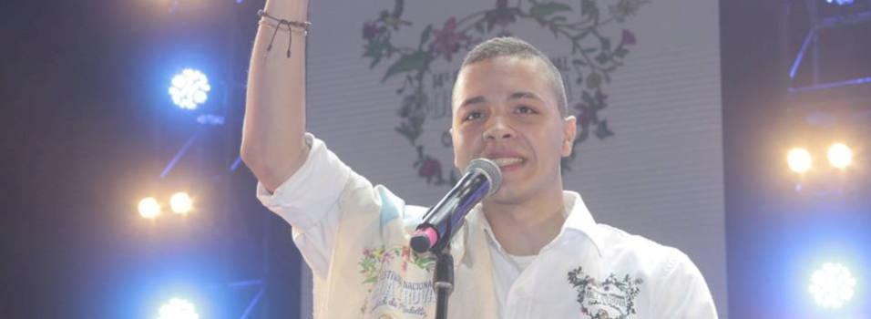 Envigadeño de 19 años es el nuevo rey nacional de la trova