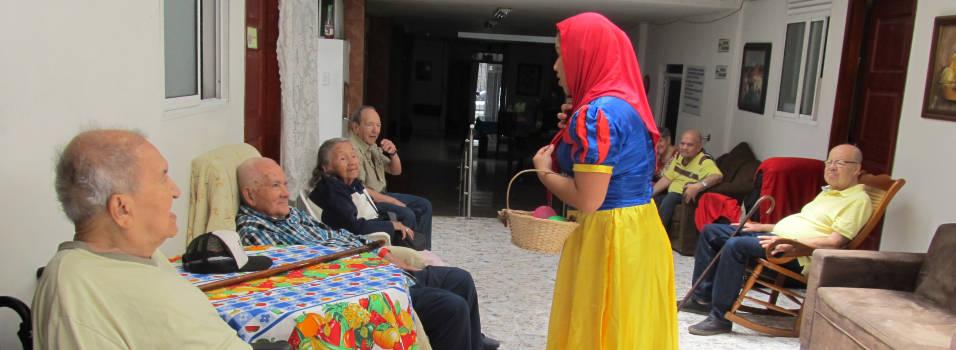 Los abuelos de Belén llevan alegría con palabras