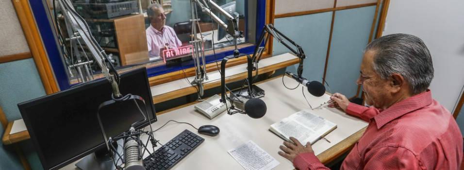"""""""Queremos ser un oasis en la radio antioqueña"""": Radio Bolivariana"""