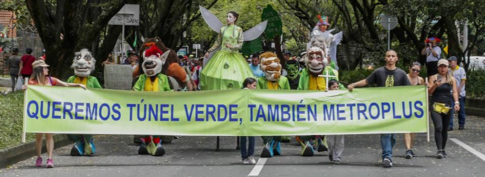 Vecinos marcharon para defender el túnel verde de Envigado