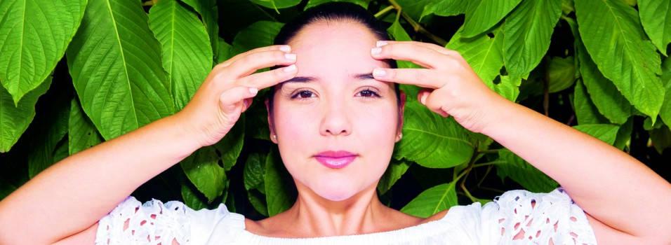 Aprenda a hacer yoga facial