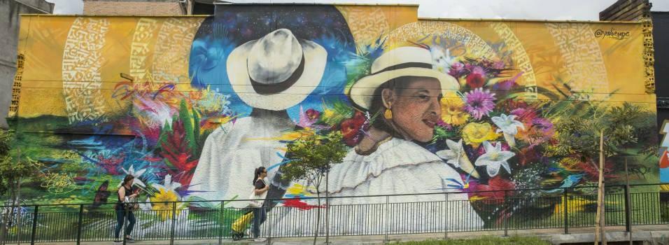 Con murales llenaron las calles de Envigado de color