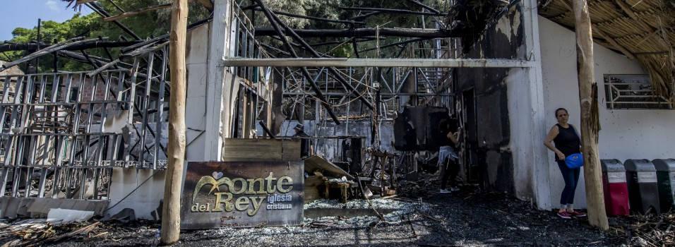 Daños en iglesia cristiana que se quemó en El Poblado se calculan en 800 millones