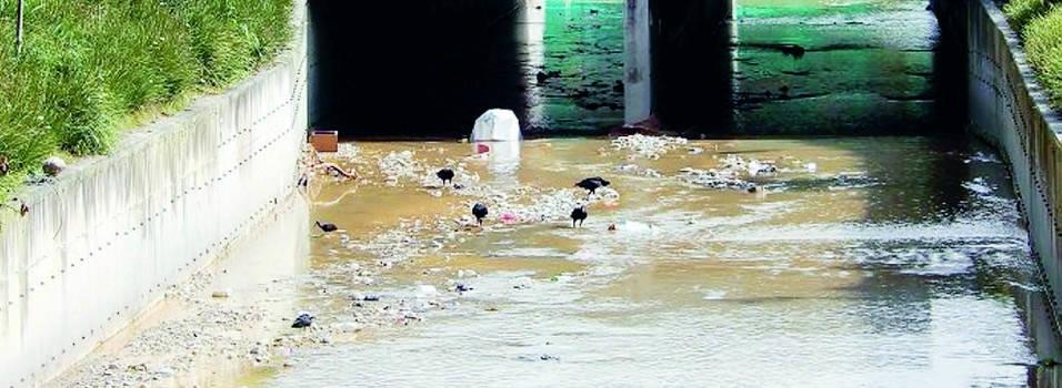 Pese a esfuerzos, La Picacha sigue contaminada