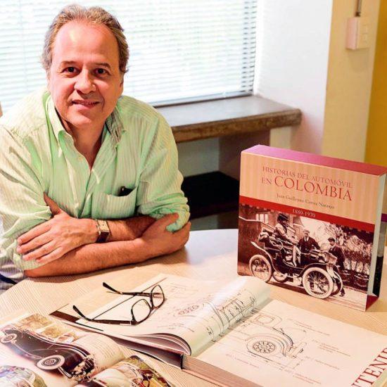 Por 22 años persiguió las memorias del automóvil en Colombia