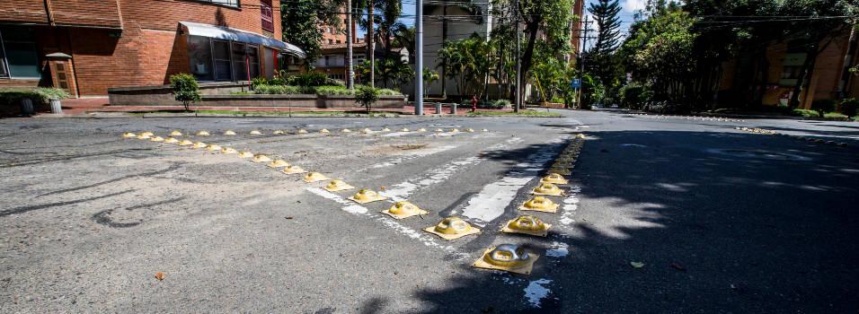 Llevan un año esperando un paso peatonal en Laureles