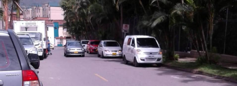 Propuesta de un vecino para acabar con el mal parqueo en Vallejuelos