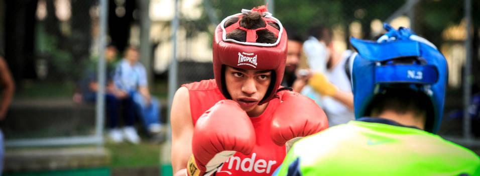 El ring de boxeo que nació en un parque de Laureles