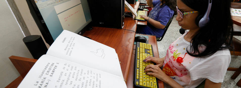 Biblioteca de Envigado tiene una aula única de discapacidad en el país