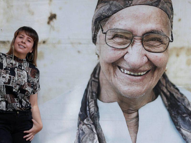 Lina enfoca su lente entre la religión y la locura