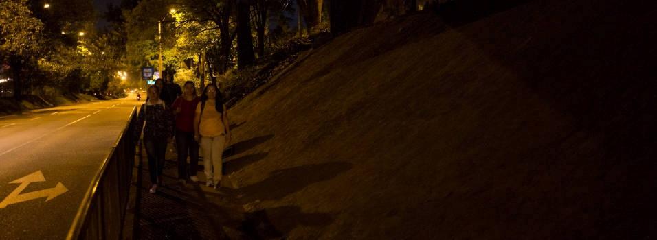 Temor por oscuridad en cercanías a la estación Aguacatala