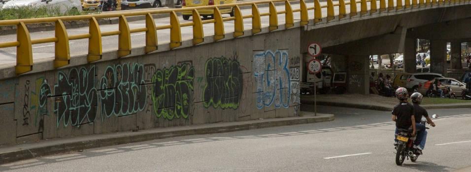 """""""¡Limpien y quiten de Medellín esa lacra de los grafitis!"""""""