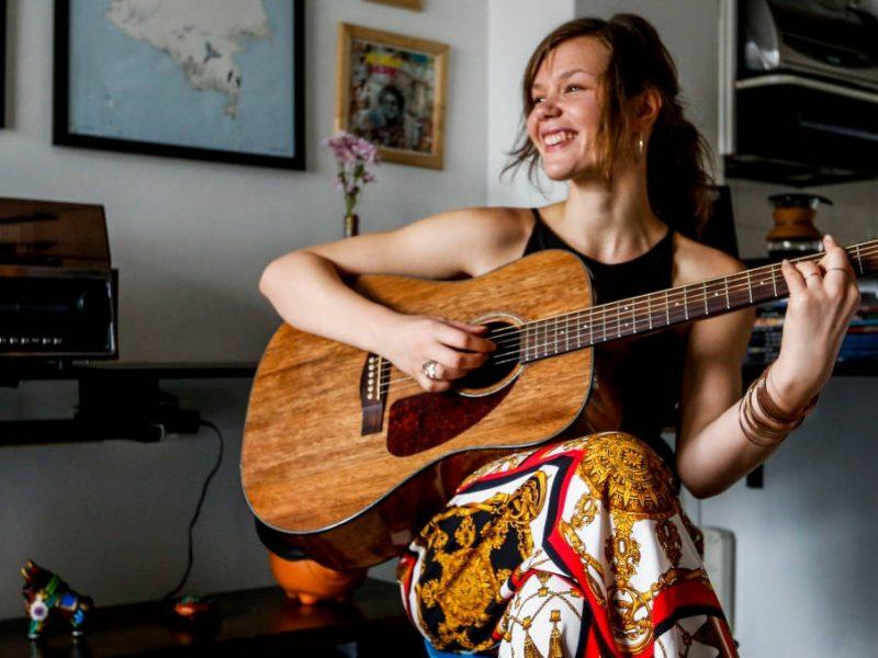 Julia Adal, la voz finlandesa del neo soul
