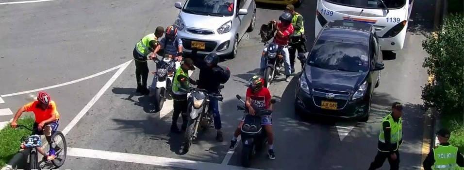 Así buscan evitar los robos en los semáforos de Envigado