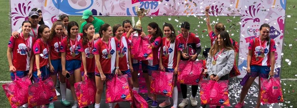 El Poblado se impone en el fútbol femenino