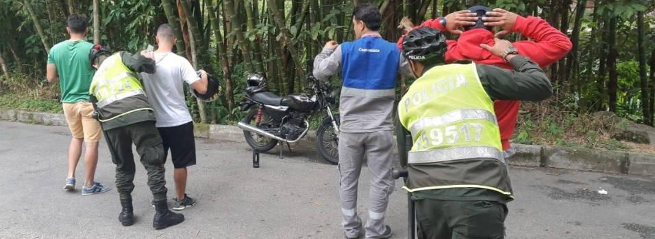 Vía de Camino Verde, lugar de consumo de drogas y sanitario público