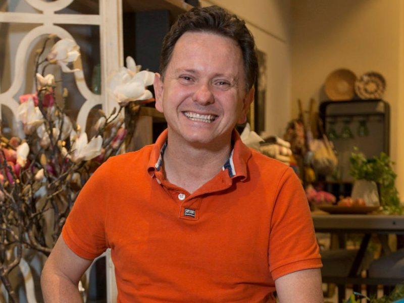 Juan Felipe se inspiró en el vuelo de los insectos para crear empresa