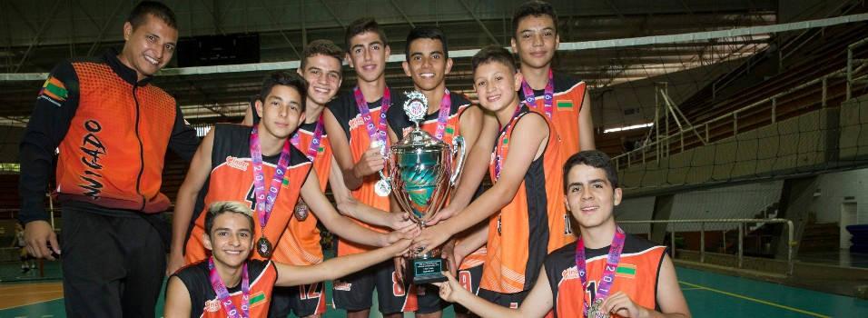 El voleibol envigadeño se subió al podio en Estados Unidos