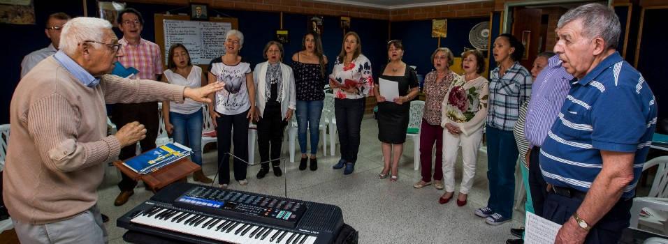 El maestro Óscar Gómez nos deja un legado de amor por la música
