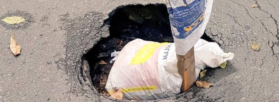 Hueco en Santa Teresita, un peligro para conductores y peatones