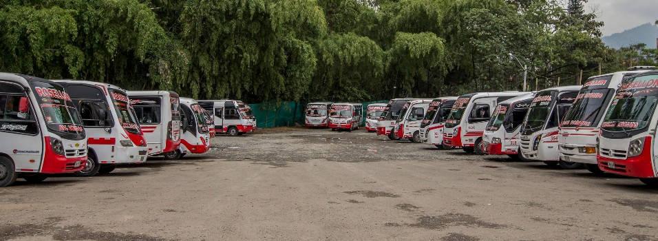 ¿Por qué no están operando 3 rutas de buses en Envigado?