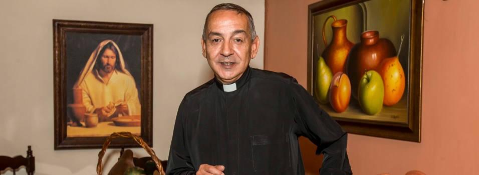 35 años como sacerdote en Belén