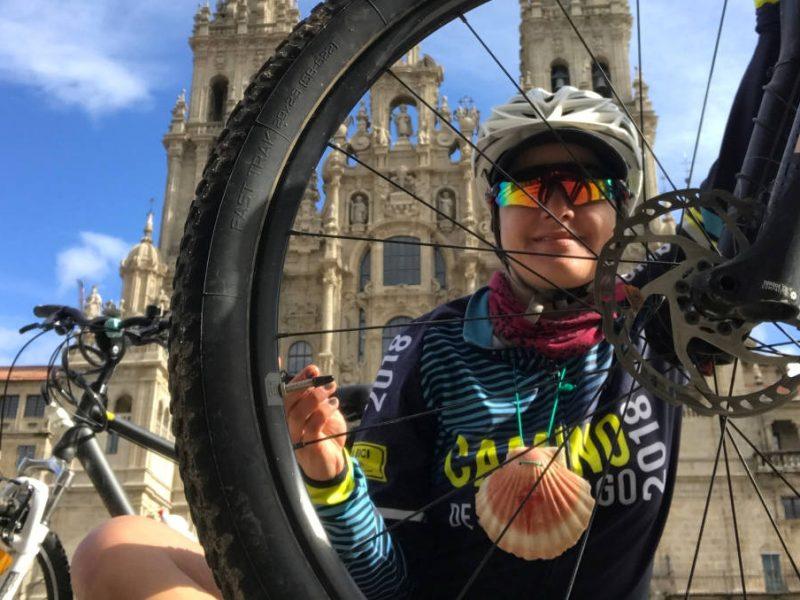 Su bici la llevó 6 veces al Camino de Santiago