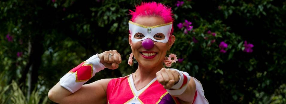 Lina ayudar a sanar el cáncer a carcajadas